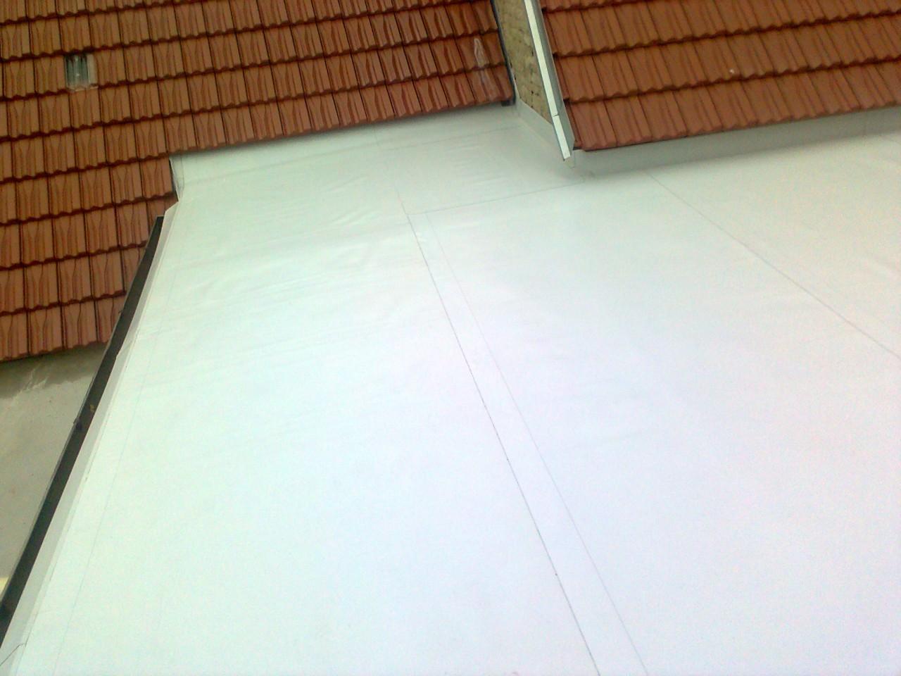 Izolace a zateplení plochých střech, bezúdržbová střešní krytina