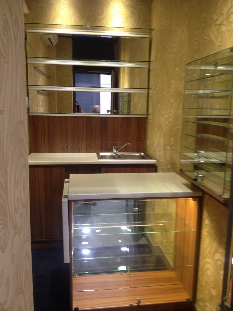Zakázková výroba nábytku – barové pulty | Nymburk