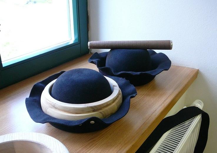 bd0ac6702bd Krojové klobouky - výroba Uherské Hradiště