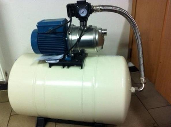 čerpadlo Calpeda s nádobou na 60 litrů