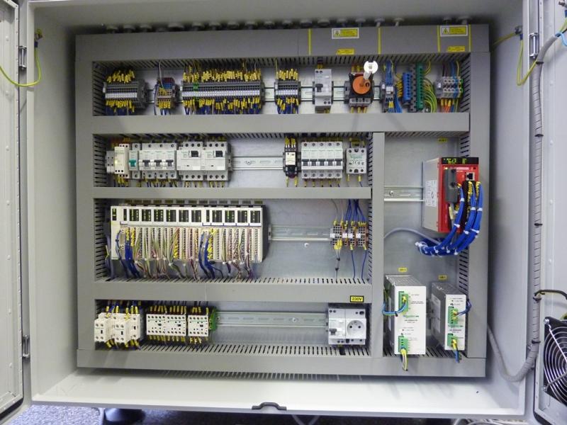 Rekonstrukce elektrotechnických částí strojů | Dvůr Králové