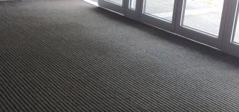Čistící vchodové zóny - podzimní deště, zadržení nečistot a vlhkosti