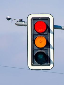Systémy pro zklidnění dopravy - proměnná informační tabule, informační rada, liniová řízení