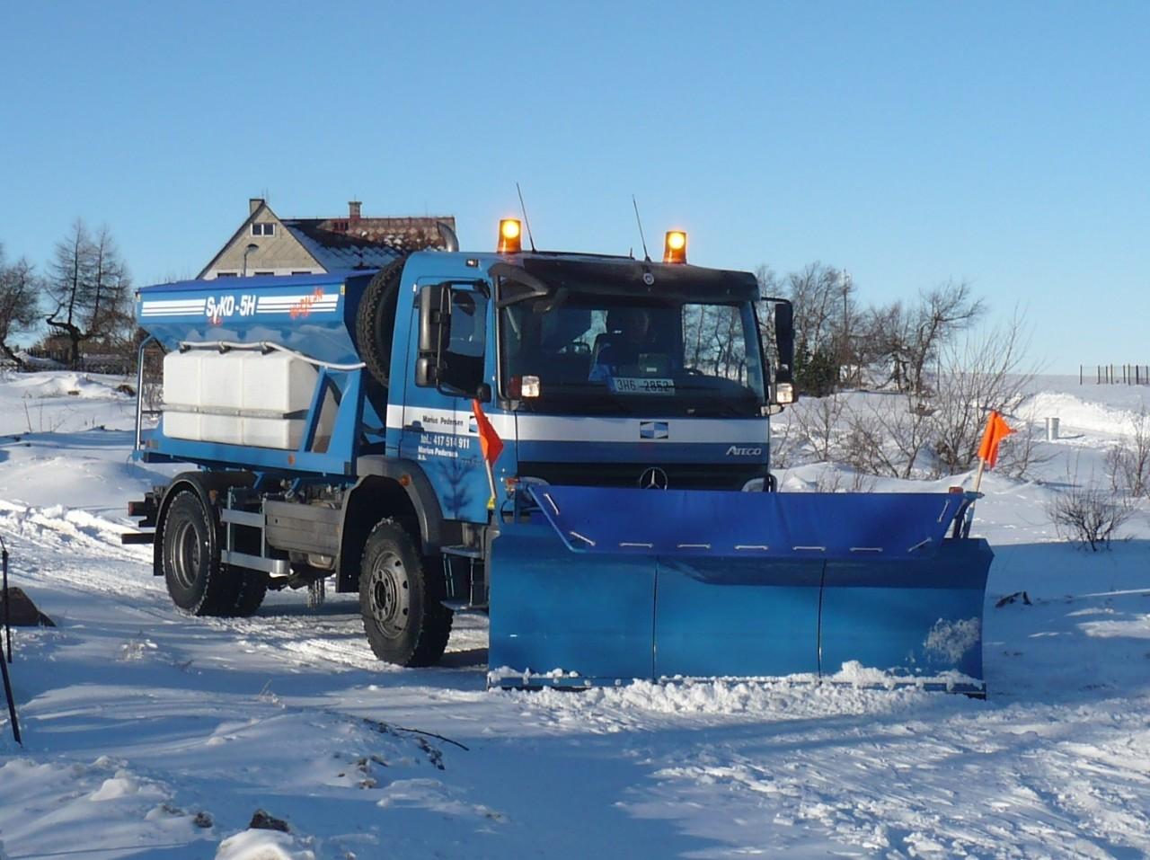 Zimní i letní údržba, čištění komunikací Valašské Meziříčí