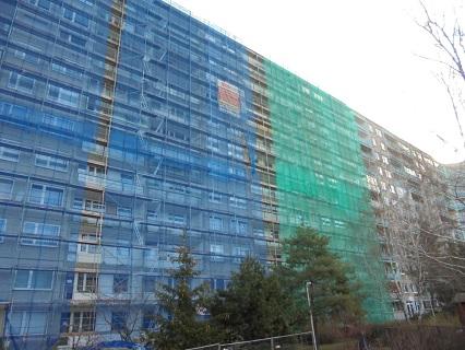 ochranné lešení na stavbu Praha 9