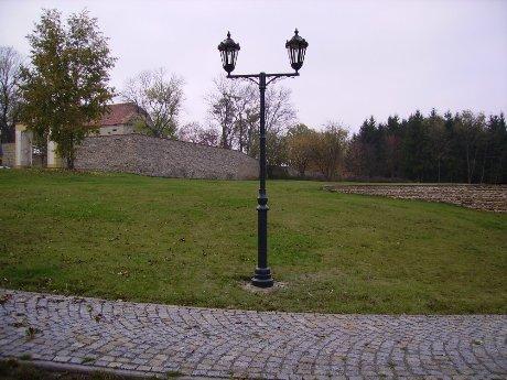 Stožáry veřejného osvětlení z ocelových trubek - Strojírna Velim