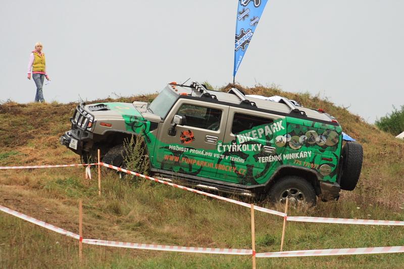 Fun Park Hlubočky, jazda v teréne vozidlom Hummer H1, H2 Olomouc