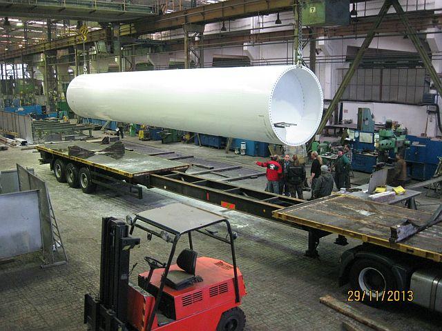 Zakázková strojírenská výroba zaměřená zejména na svařované ocleové konstrukce
