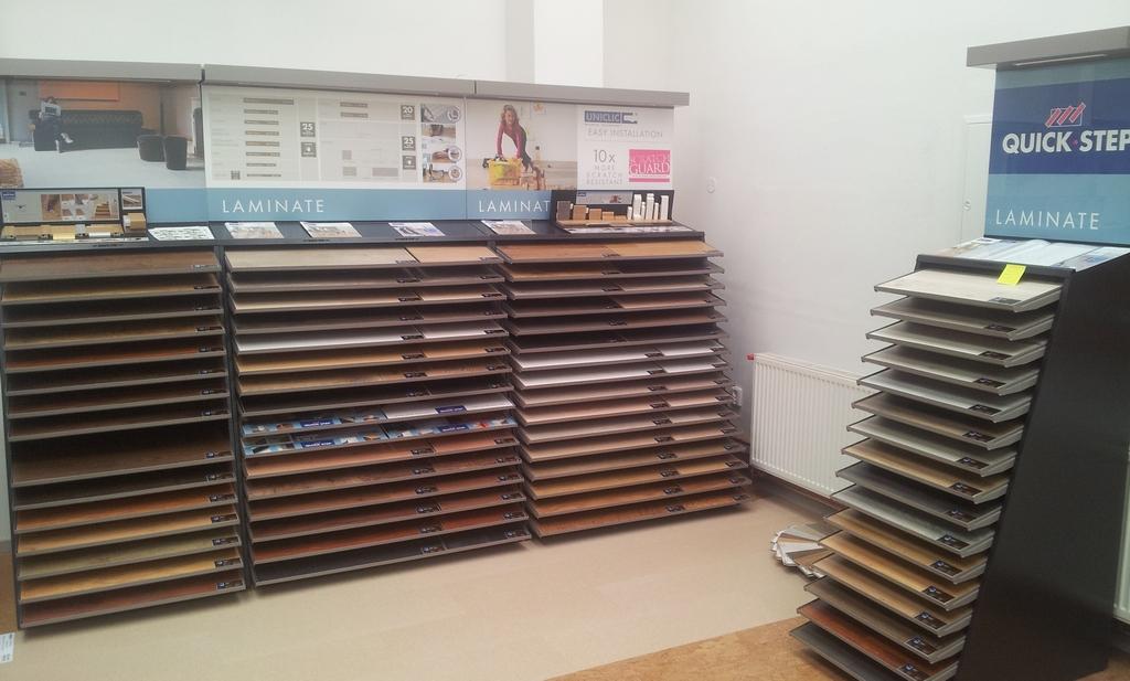 Podlahářství v Ústí nad Orlicí s velkým showroomem - velká rozloha, rozmanitost sortimentu od podlah po matrace