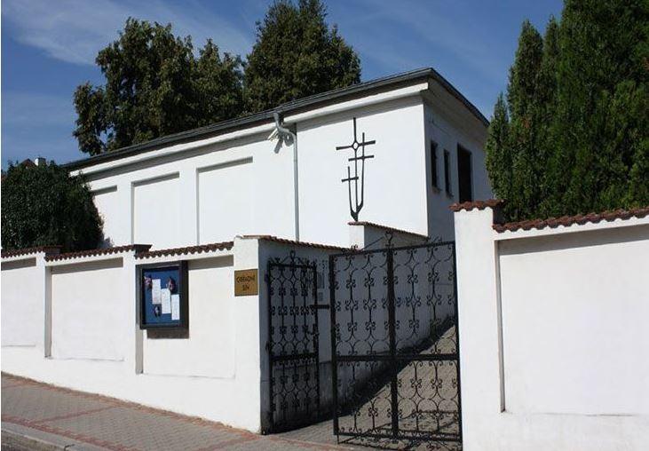 Bestattungszeremonien Litomerice, Leitmeritz, für würdevollen Abschied von Verstorbenen, Tschechische Republik