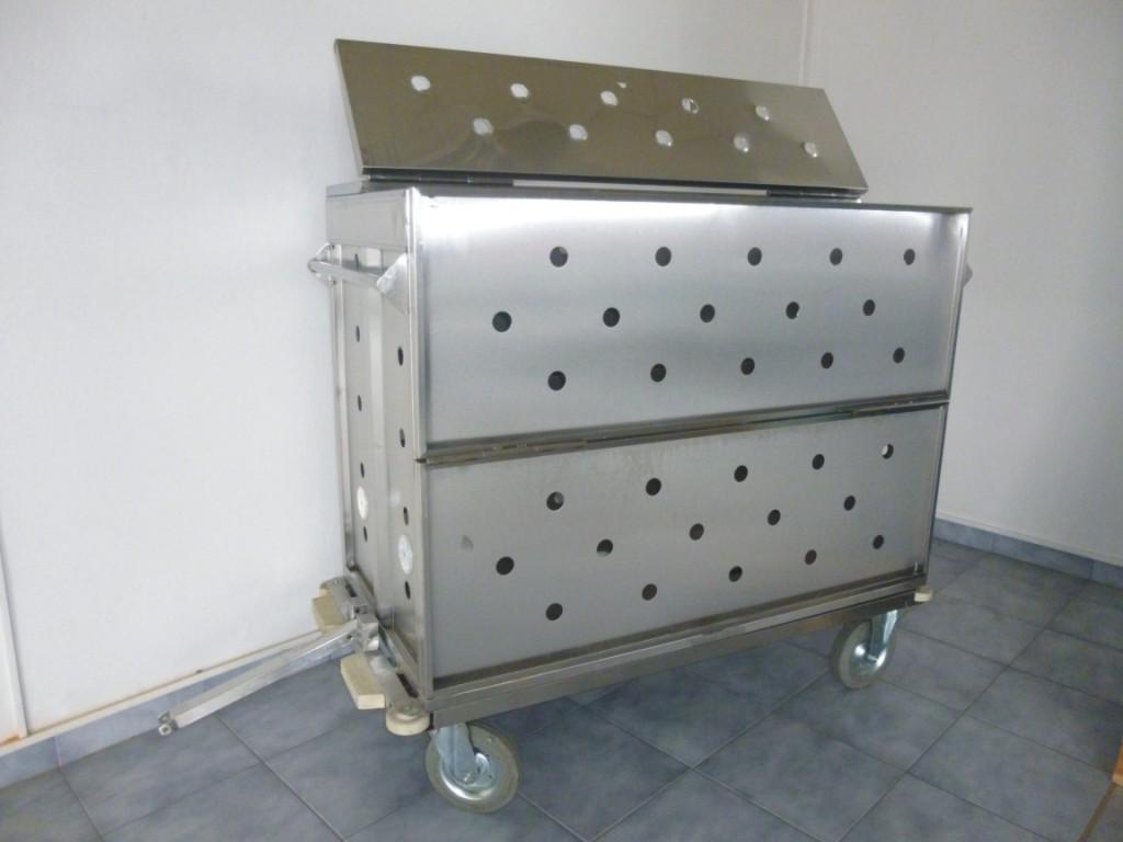 Nerezové vany, přepravní skříně a vozíky do pekáren i laboratoří