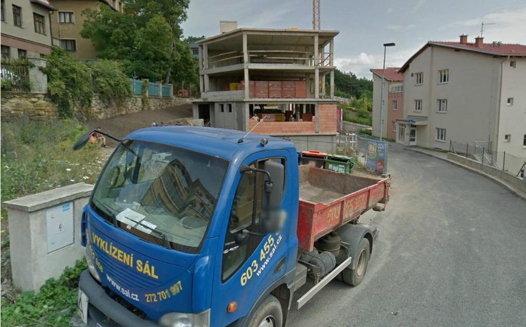 Vyklízení bytů, sklepů i demoliční práce Praha - kompletní vyklízecí služby