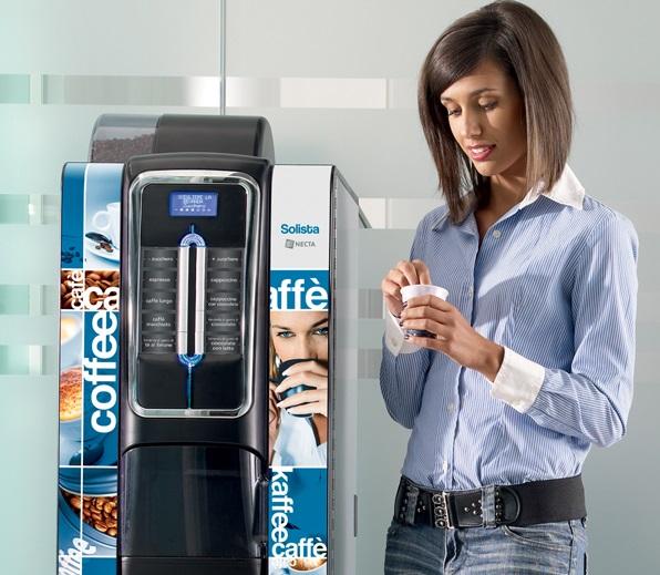 Nápojové a jídelní automaty - občerstvení, svačina či káva pro zaměstnance