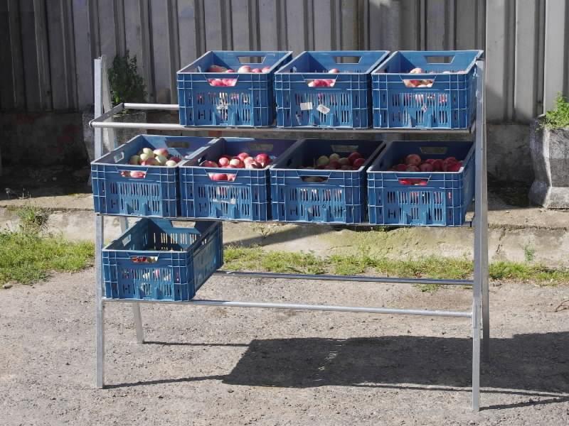 Regály na přepravky s ovocem a zeleninou