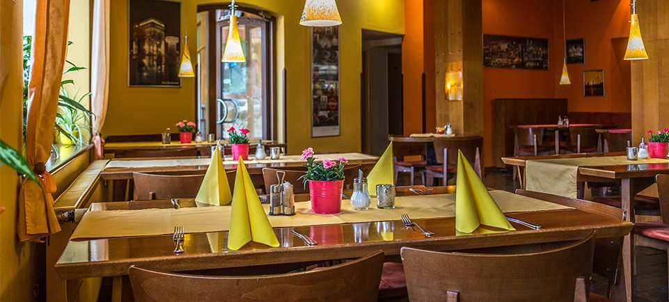 víkendové pobyty, dovolená, restaurace Dačice