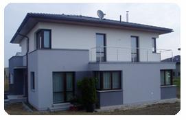 Realizace rodinných domů včetně základové desky