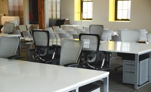 Jazykové kurzy i kurzy pro veřejnost - rekvalifikace i tvorba e-shopů
