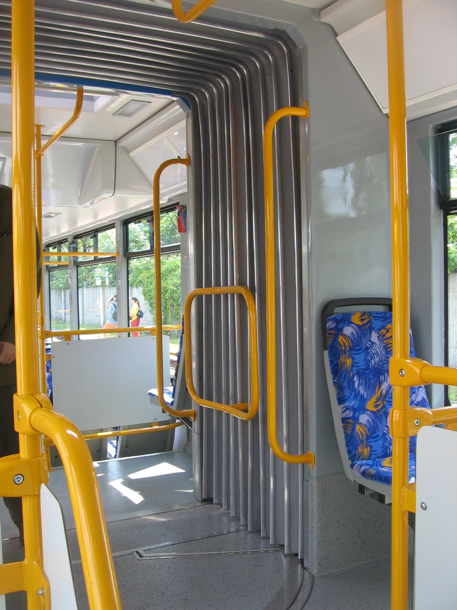 Přechodové vlnovcové měchy pro autobusy a trolejbusy