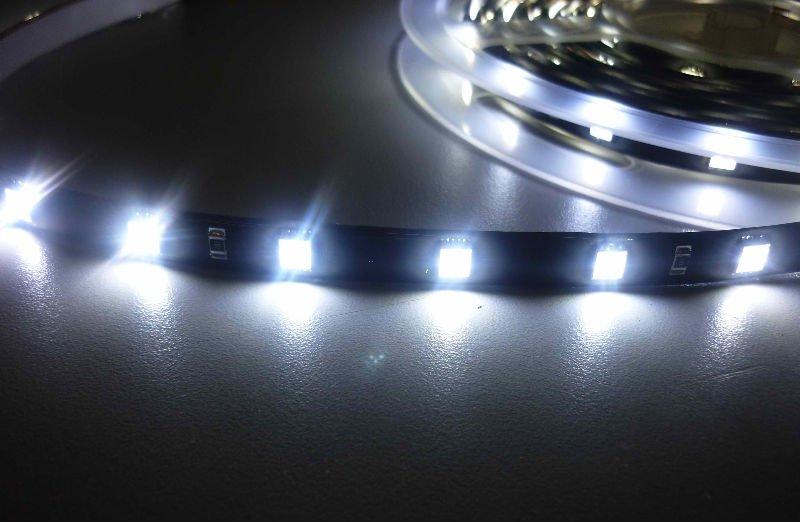 LED pásky pro vnější i vnitřní použití Havířov