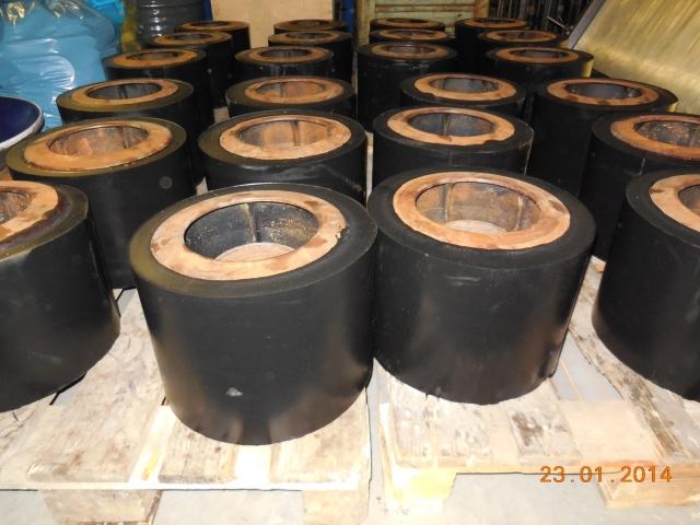 Polyuretanové kaučuky, elastomery v různých barvách, pojiva-výroba