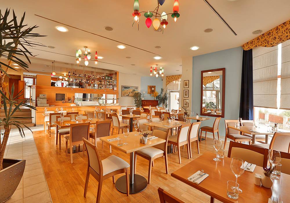 Restaurace v Hotelu Troja