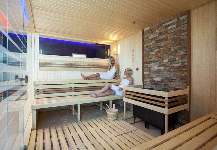 Městské lázně Zlín, finská sauna, parní kabiny, krytý bazén-celoroční provoz