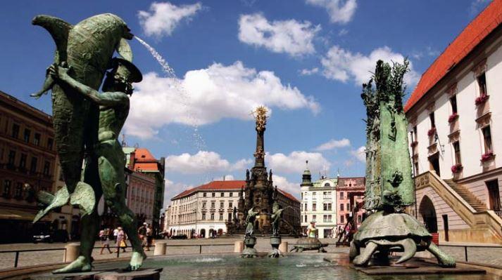 Nevíte, jaké památky v Olomouci navštívit? Nechte si poradit v Informačním centru Olomouc!