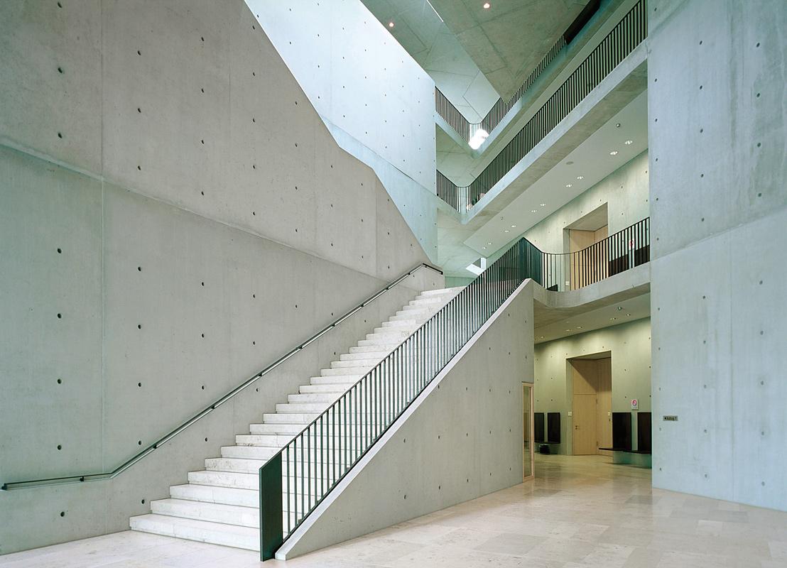 Prefabrikovaná schodiště Liapor z lehkého keramického betonu