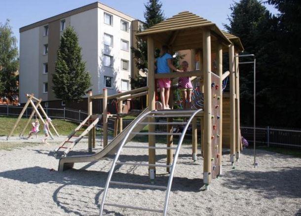 Dětská hřiště od firmy Nosta jsou ideálním místem pro vaše ratolesti