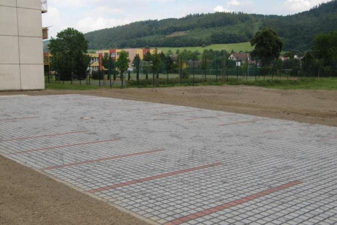 Výstavba komunikací od firmy Nosta - rekonstrukce náměstí