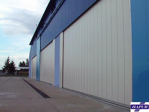 Průmyslová vrata rolovací, skládací, posuvná - výroba