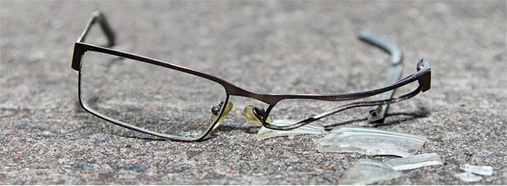 Opravu brýlí na Praze 9 pro vás zajistí Optika Cvikr