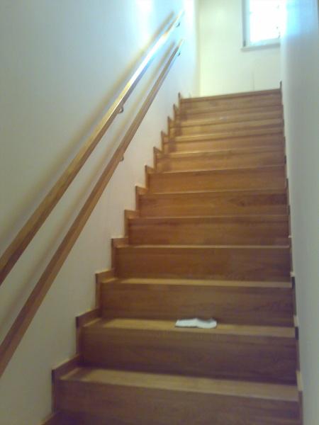 Schody a schodiště na míru Všenory – neobvyklé prostory nejsou problém