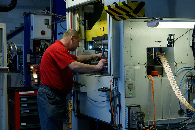 Lisovna kovů – výroba výlisků Forez | Ústí nad Orlicí