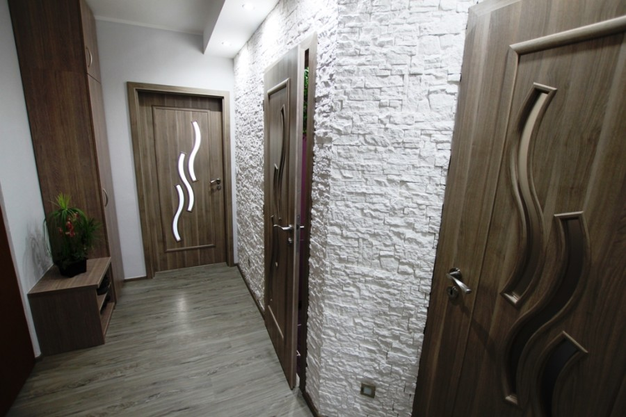 Rekonstrukce interiérů rodinných domů Uherské Hradiště, Kroměříž