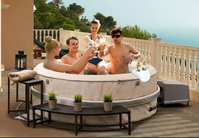 Prodej mobilních vířivek Praha - nafukovací vany a vířivé bazény
