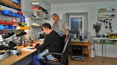 Opravy mikroskopů Praha