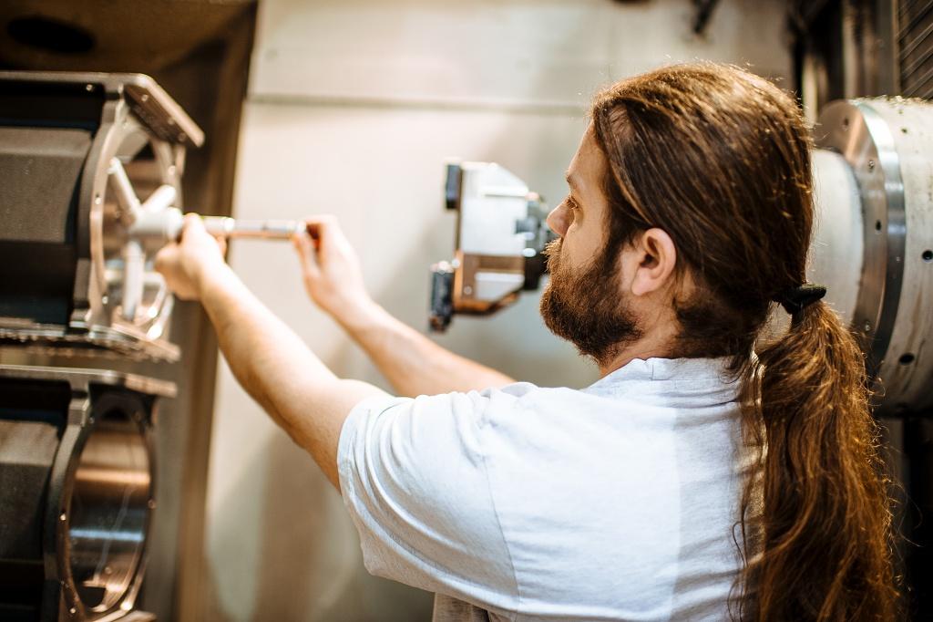 CNC obrábění řízené počítačem