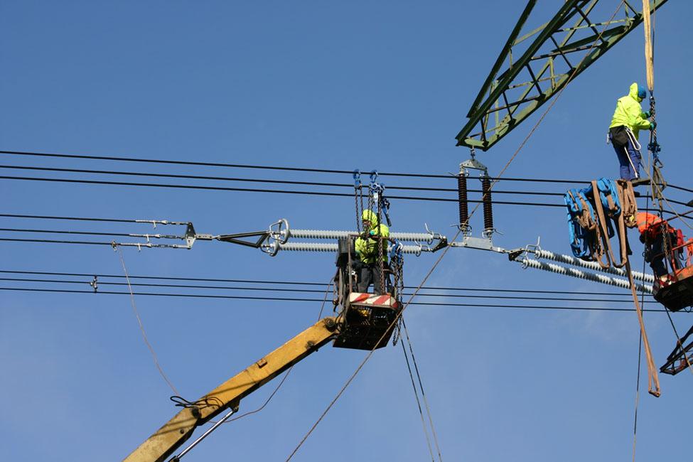 Wir sind Experten für die Stromleitung Prag, die Tschechische Republik