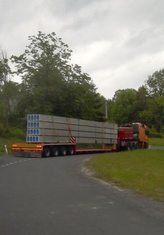 Oversized cargoes, oversized transportation including escort vehicle, the Czech Republic