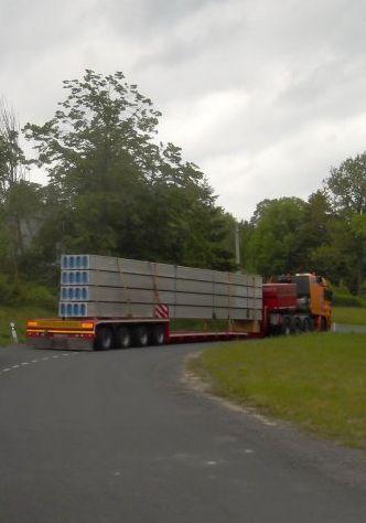 Überlastungen, Transport von Überfrachten einschließlich des Begleitfahrzeuges, die Tschechische Republik