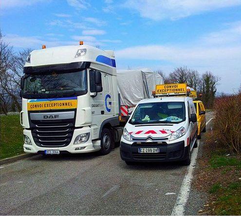 Carichi eccezionali, trasporto di grandi dimensioni incluso un veicolo di scorta, Repubblica Ceca