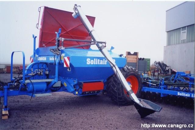 Šnekový dopravník k zabudování přímo na secí stroj či rozmetadlo hnojiv