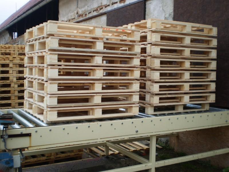 Dřevěné palety pro skladování a přepravu zboží, europalety - výkup a prodej