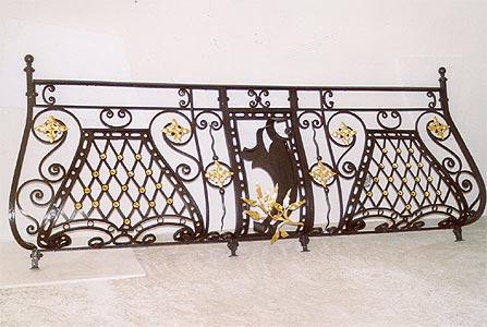 Zlacení plátkovým zlatem a stříbrem, restaurování nábytku a církevního mobiliáře