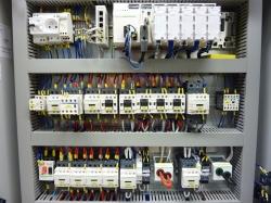 Výroba ovládacích rozvaděčů, elektrických zařízení jednoúčelových strojů