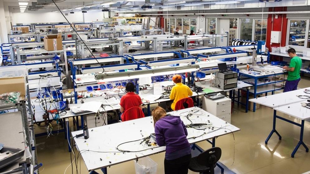 Lehké elektromechanické, mechanické montážní práce-outsourcing výroby