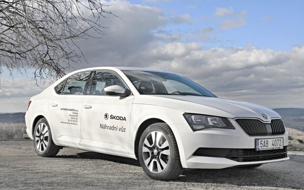 Autopůjčovna-dlouhodobý pronájem, zapůjčení auta, vůz Škoda, Mercedes Benz