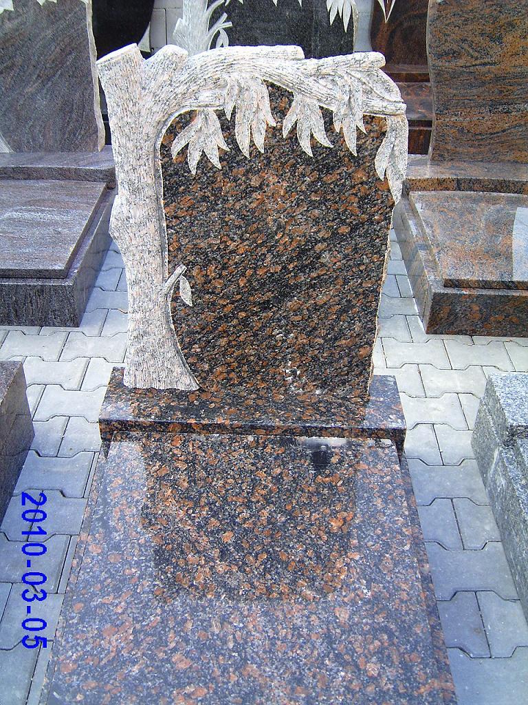 Náhrobky a pomníky z přírodního kamene v libovolné velikosti či tvaru