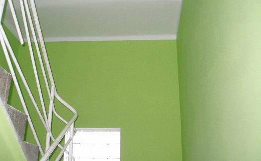 Stěrkové interiérové omítky - vyrovnání a vyhlazení nerovností stěn vašich bytů a kanceláří